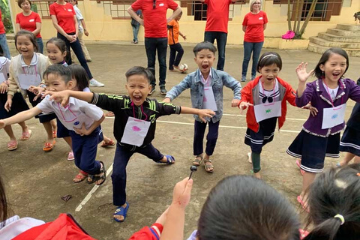 Vietnam children group